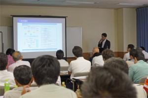 富山銀行の中小企業診断士による経営改善の説明